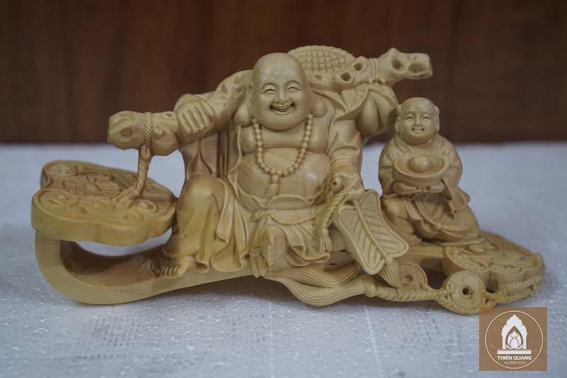 Tượng Phật Trầm Hương Nha Trang